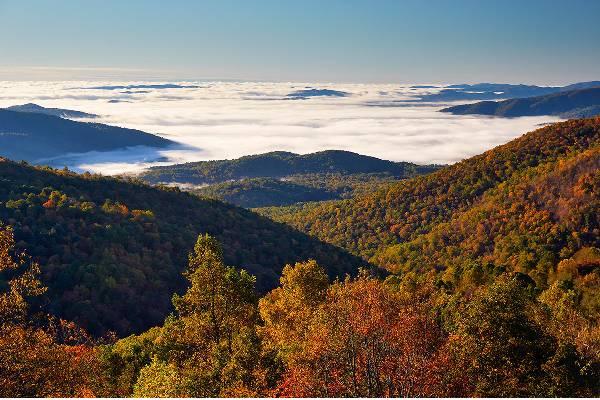 Sunrise over the Blue Ridge Mountains from Blackrock Summit, Shenandoah National Park, Virginia.